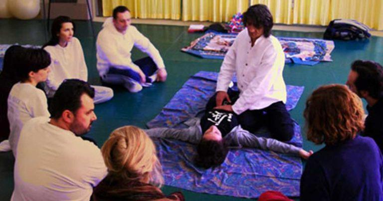 Iscriviti ai corsi organizzati dalla scuola di shiatsu Araba Fenice